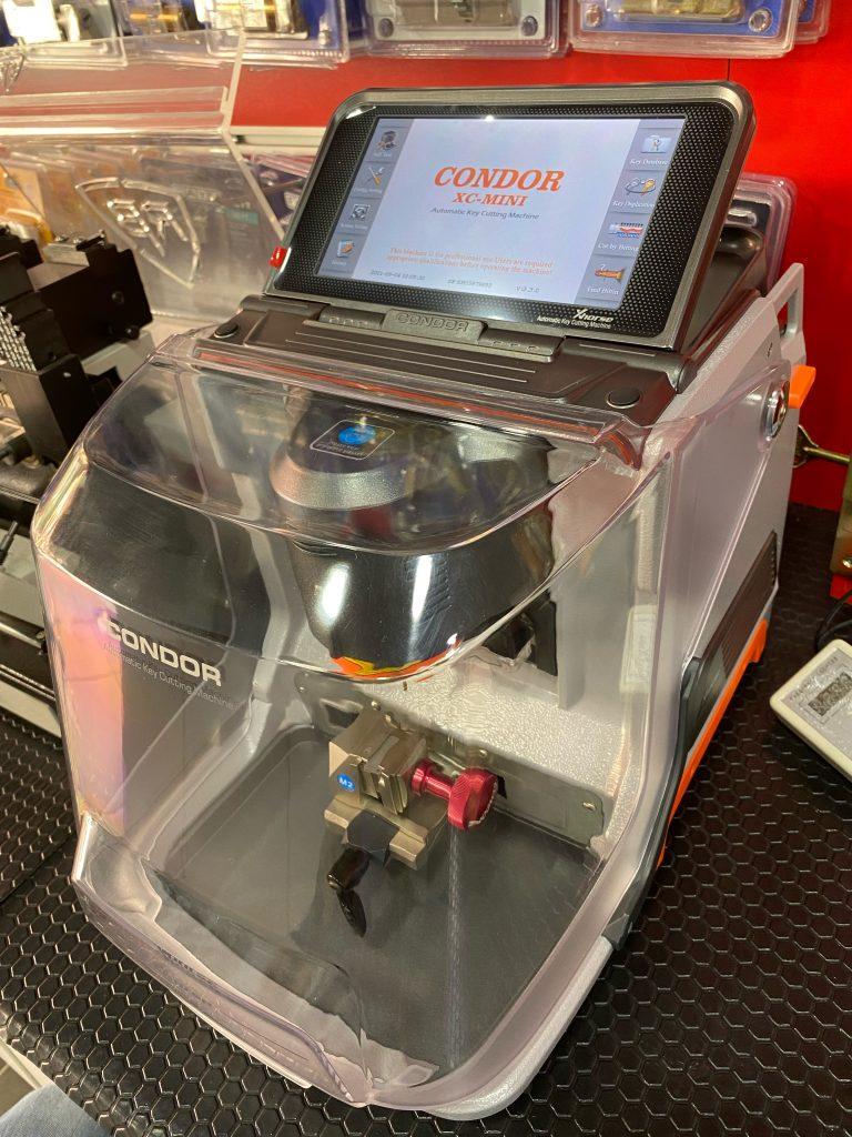 Xhorse Condor XC-Mini Plus Otomatik Anahtar Kesme Makinesi